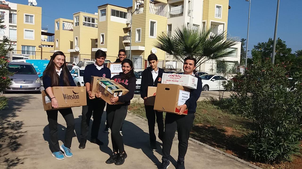 Школьники оказали помощь малоимущим