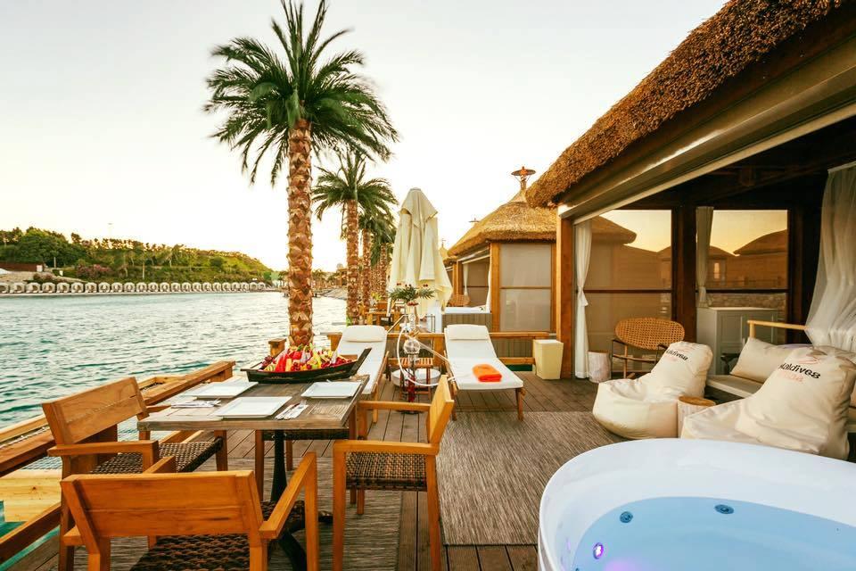 Кипр – лучшее направление для отдыха с друзьями