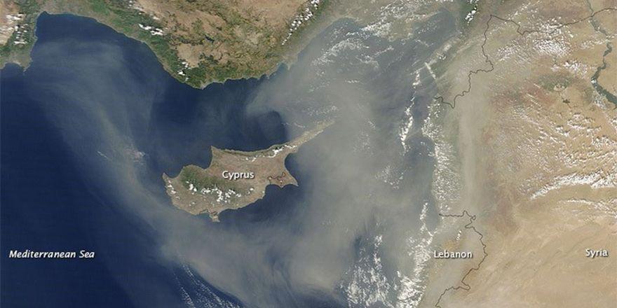 Пыль на острове продержится до воскресенья