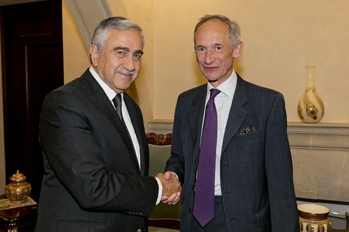Посол Великобритании на Кипре нанес прощальный визит Акынджи
