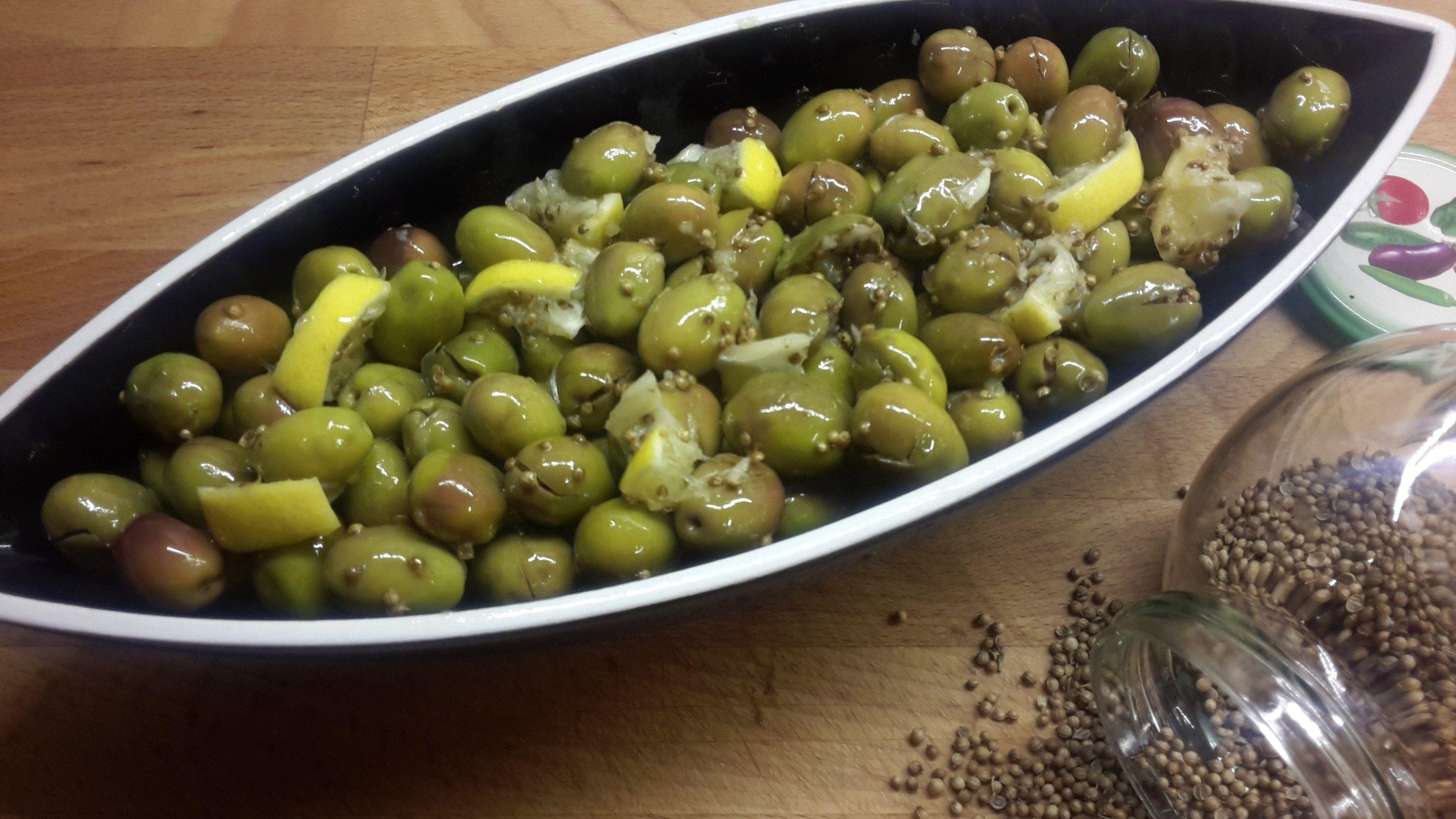 Зеленые оливки чакистес