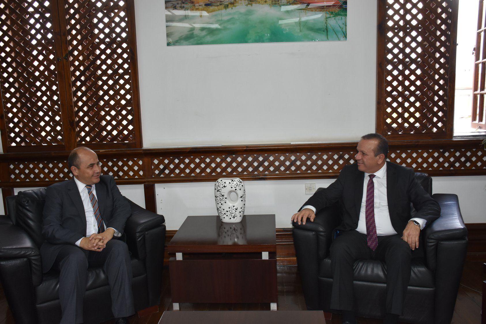 Посол Турецкой Республики посетил министра туризма Fikri Ataoğlu