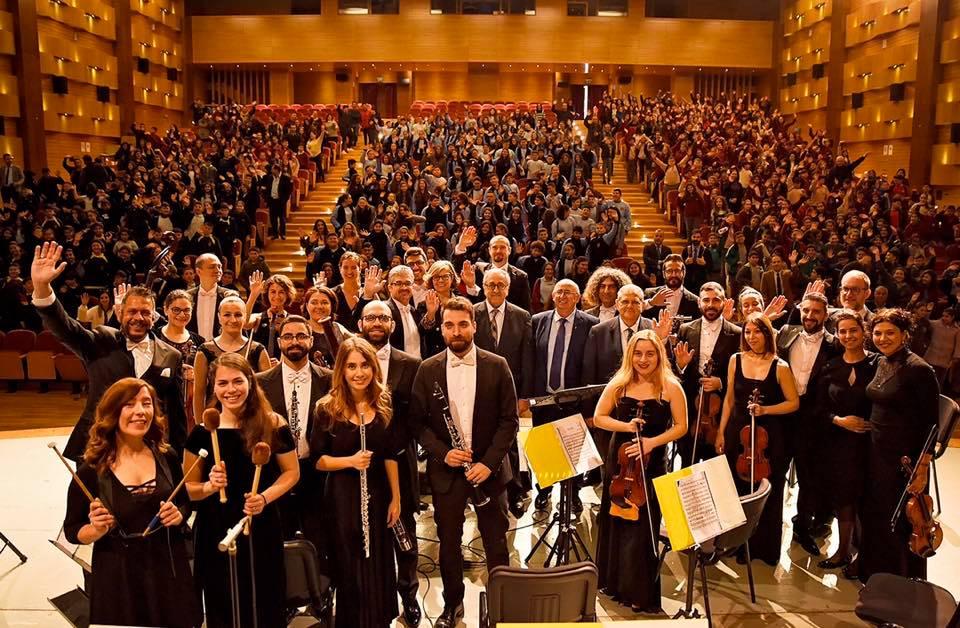 Концерты живой музыки в честь международного женского дня
