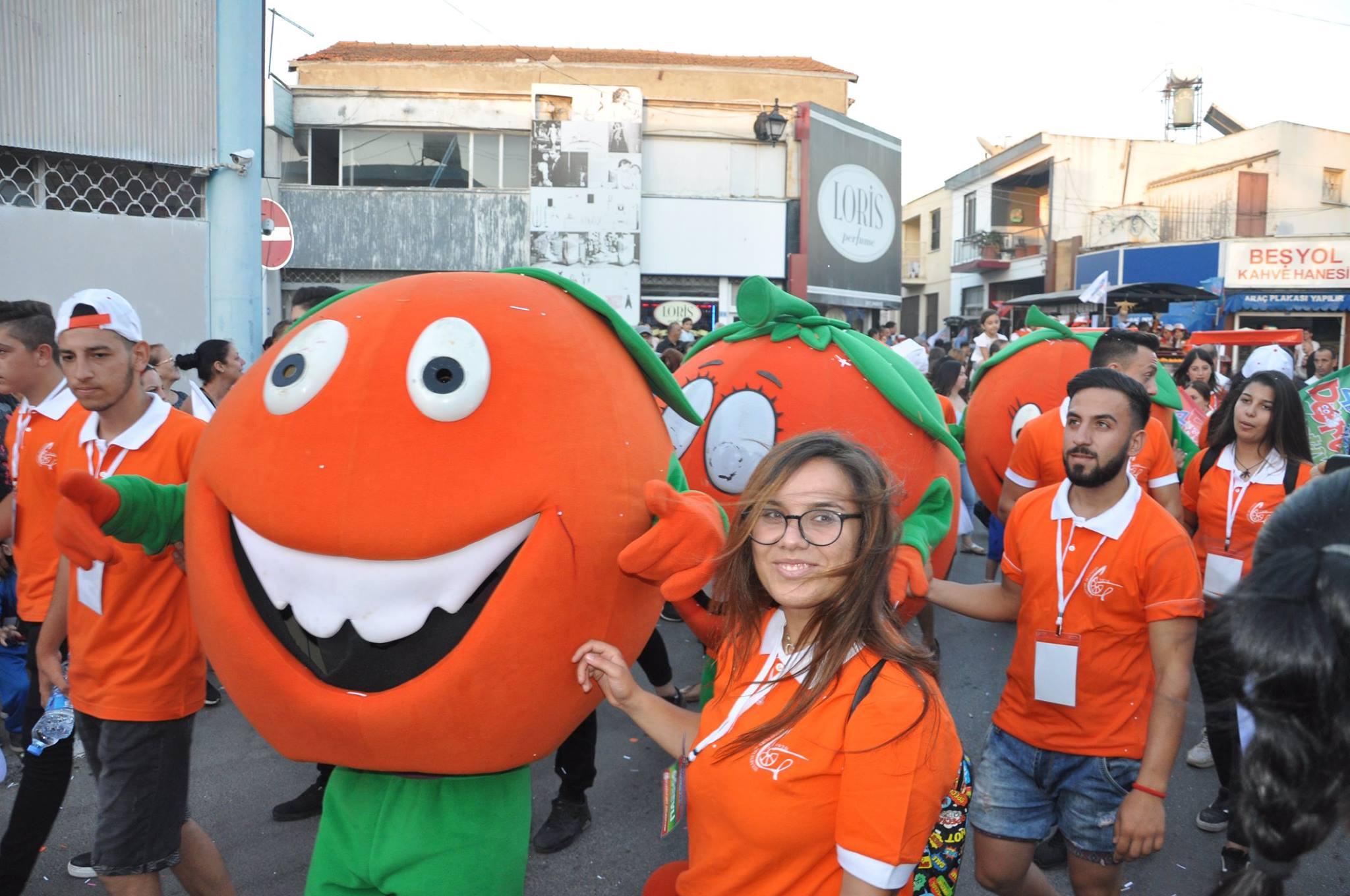 Завершился самый яркий фестиваль на острове - апельсиновый