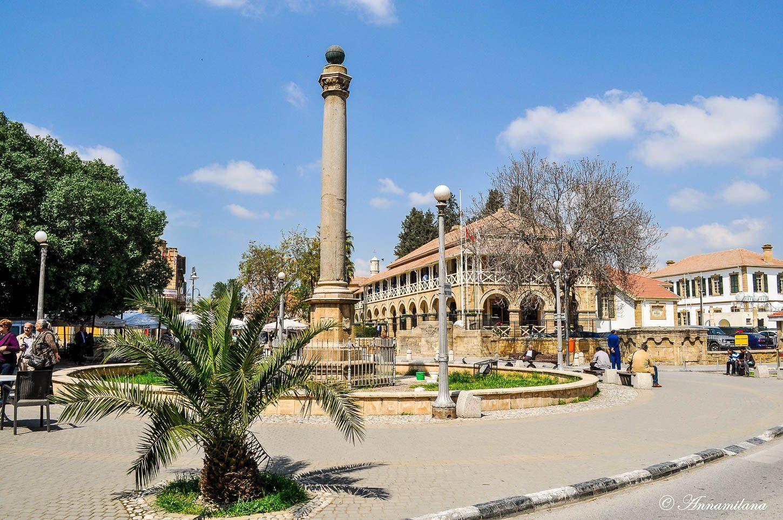 Площадь Ататюрка и Венецианская колонна
