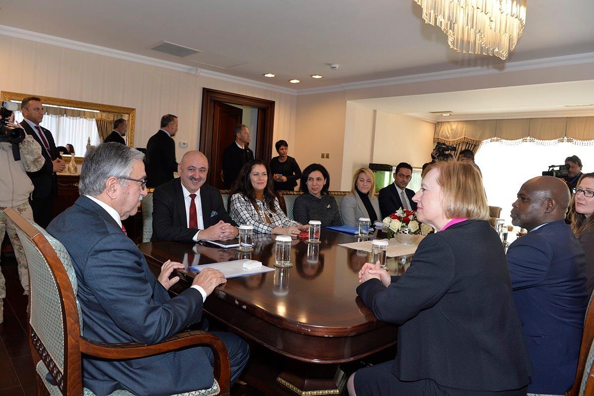 Переговоры по объединению Кипра возобновятся не раньше июня