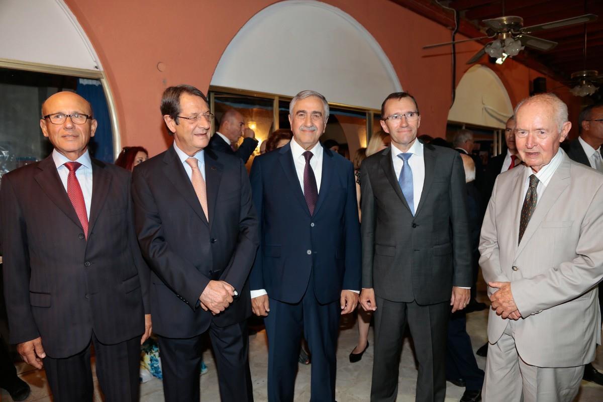 Президенты Кипра простились с Эйде