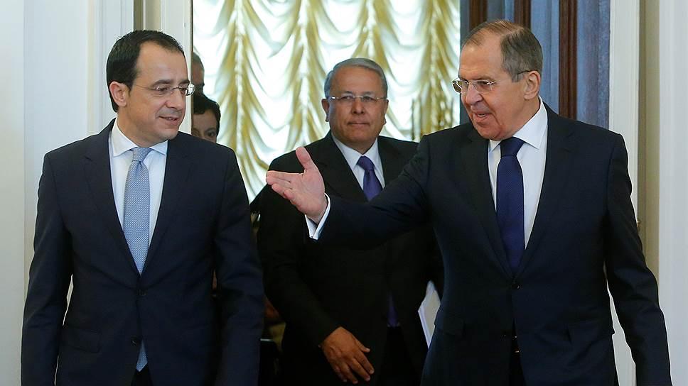 Кипр просит помощи у России