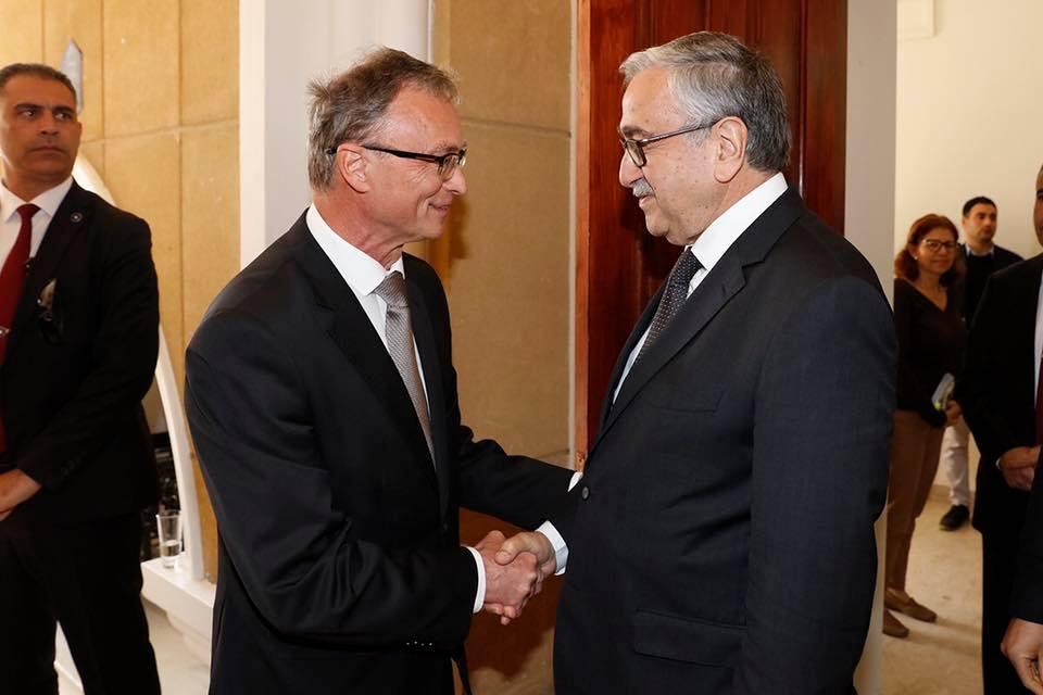 Мустафа Акынджы посетил прием, организованный посольством Словакии