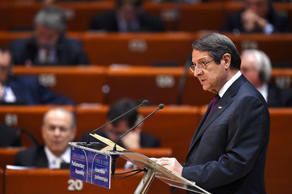 Анастасиадис выдвигает свою кандидатуру в президенты Республики Кипр на второй срок