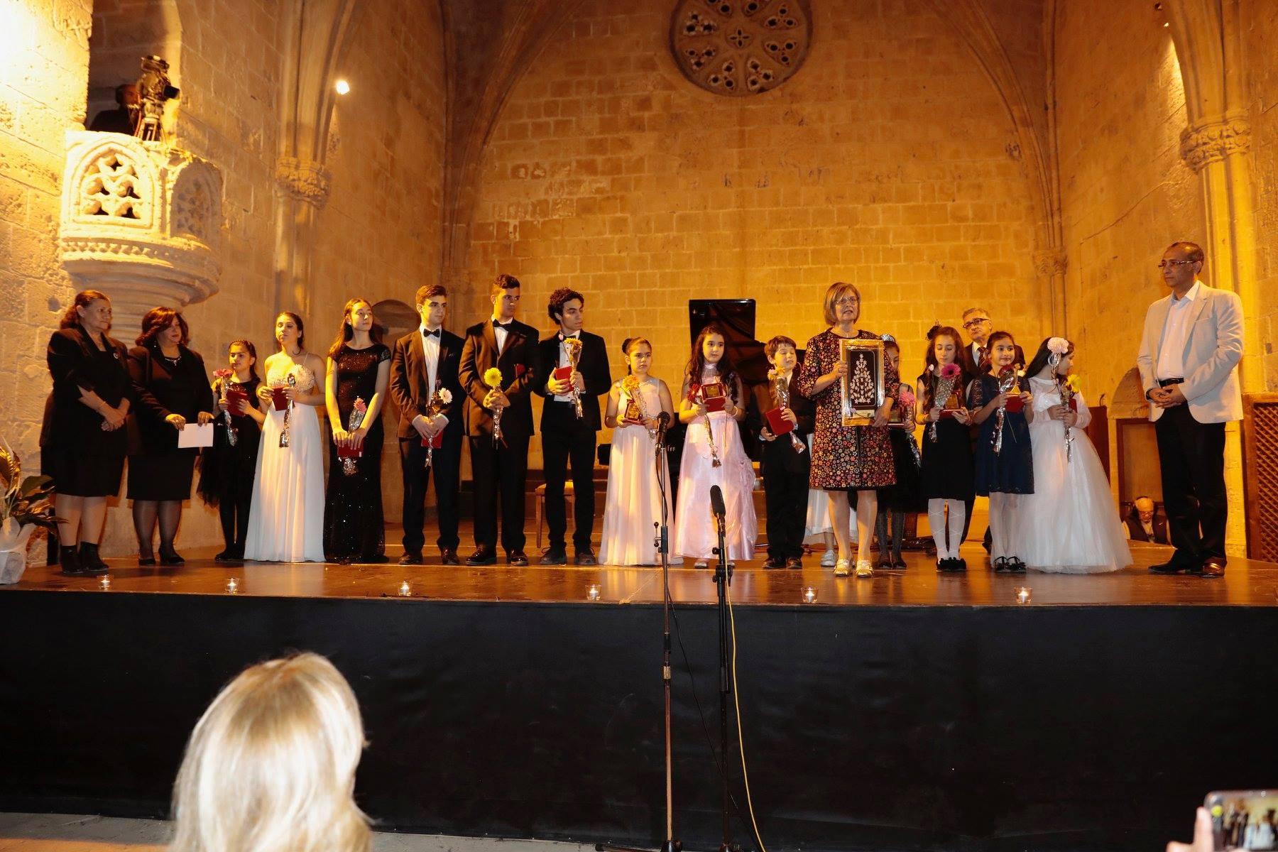 Юные пианисты дали концерт для онкобольных