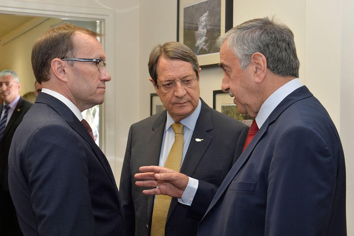 Эйде обсудит с Акынджи и Анастасиадисом подготовку к женевской конференции