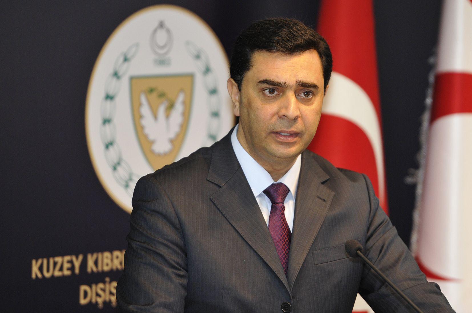 Турко-киприоты обвинили Анастасиадиса в подтасовке приоритетов