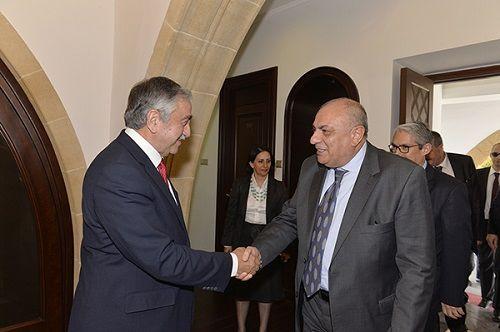 Сибер: «Турко-киприоты не должны страдать из-за возможного провала переговоров»