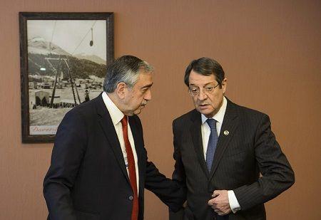 Лидеры Кипра должны договориться, как возобновить переговоры