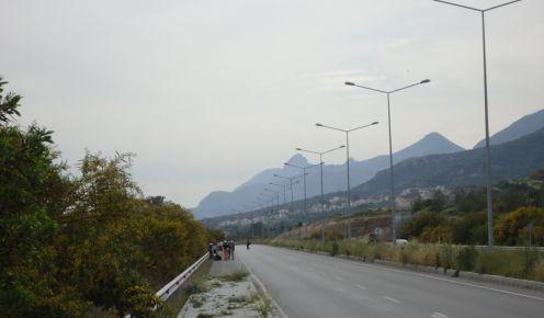 В среду началась вторая стадия ремонта главной трассы из Лефкоши в Кирению.