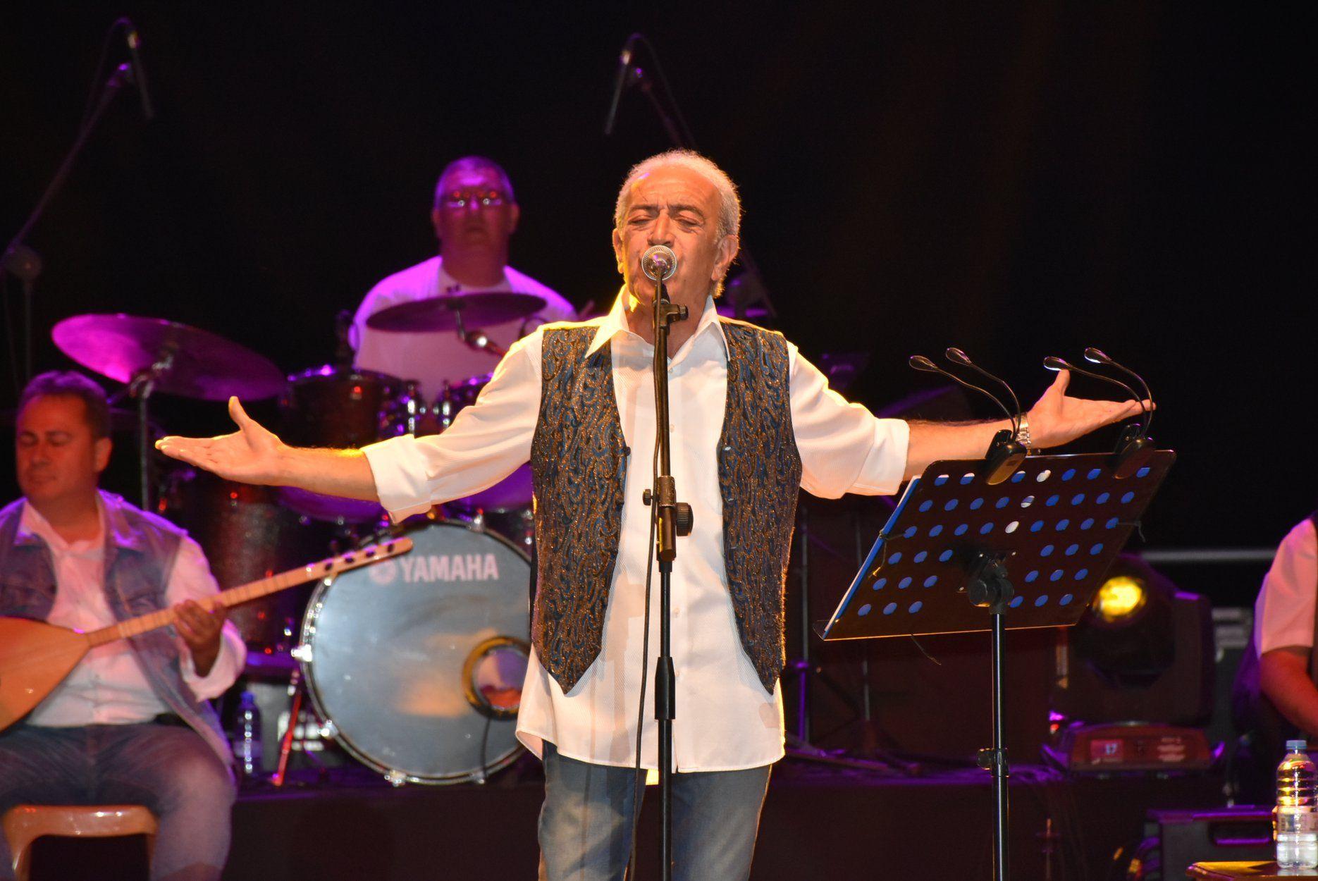 Прошел первый концерт фестиваля культуры и искусства в Кирении